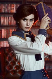 Bioshock Infinite Elizabeth Cosplay