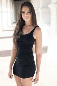 540x960 Black Dress Beautiful Model