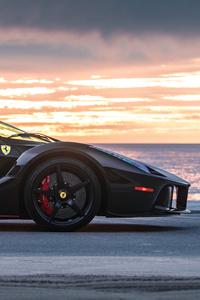 240x320 Black Ferrari