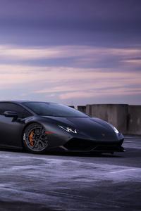 Black Lamborghini Huracan 2018