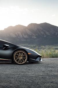 Black Lamborghini Huracan 2020 Side View