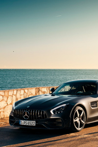Black Mercedes Benz Amg GT