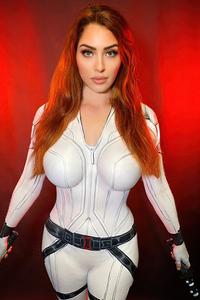 720x1280 Black Widow White Suit Cosplay 4k