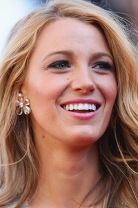 540x960 Blake Lively Closeup In 2018