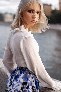 1080x1920 Blonde Hair Girl Outdoor Looking Back