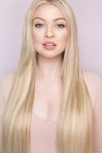 2160x3840 Blonde Hair Model