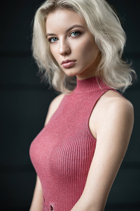 Blonde Short Hair Depth Of Field 4k