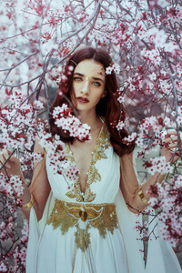 750x1334 Blossom Tree Girl