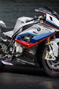 750x1334 BMW M4 MotoGP Safety Bike