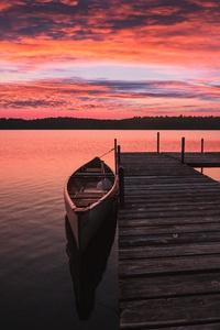 Boat Dock Sunrise 5k
