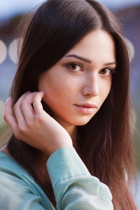 640x1136 Brown Eyes Brunette Depth Of Field Face
