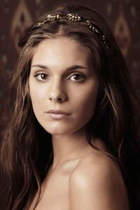 1125x2436 Caitlin Stasey As Kenna