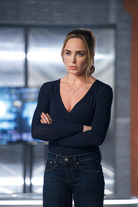 480x800 Caity Lotz In Legends Of Tomorrow 2018 Season 3