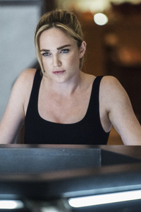 480x800 Caity Lotz Legends Of Tomorrow Season 4