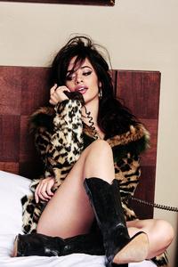 Camila Cabello Guess 4k