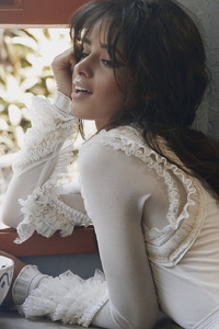 1125x2436 Camila Cabello Singer Brunette