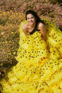 1125x2436 Camila Mendes 2019 Vogue