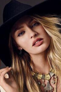 Candice Swanepoel 2016