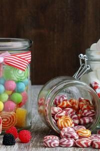 750x1334 Candy Jar