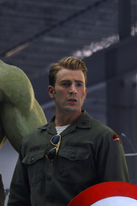1080x2280 Captain America And Hulk Time Travel Avengers End Game