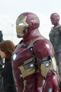 720x1280 Captain America Civil War Super Heroes