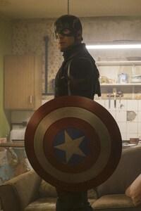 640x1136 Captain America In Captain America Civil War