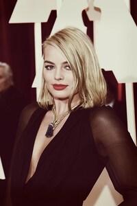 Celebrity Margot Robbie