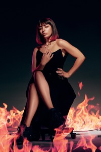 360x640 Charli Xcx L Officiel Photoshoot 2019