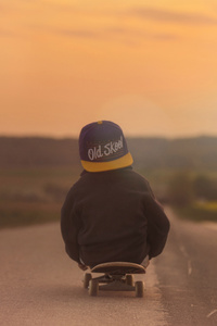 1080x2280 Children Riding Skatebaord