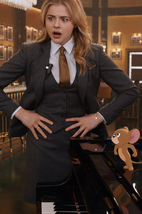 1242x2688 Chloe Grace Moretz Tom And Jerry Movie
