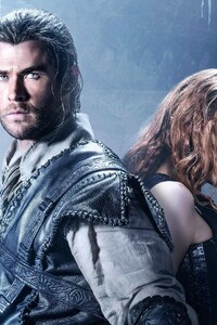 Chris Hemsworth And Jessica Chastain The Huntsman Winters War