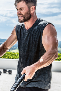 Chris Hemsworth Mens Health 2019 5k
