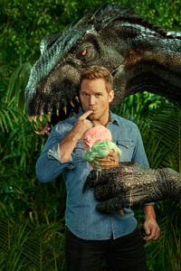 Chris Pratt With Indoraptor In Jurassic World Fallen Kingdom Entertainment Weekly