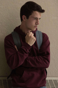 Clay Jensen In 13 Reasons Why Season 2 5k