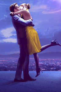 2160x3840 Couple Kissing 4k Ryan Gosling Emma Stone