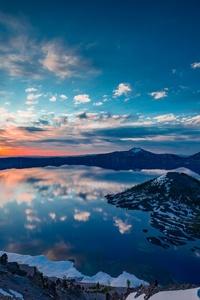 320x480 Crater Lake