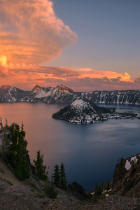 240x400 Crater Lake Oregon 4k