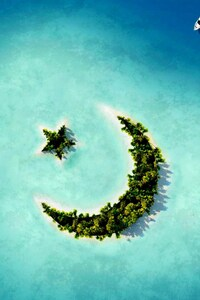 Crescent Moon Star Island