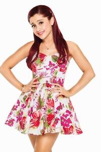 Cute Ariana Grande