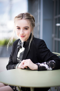 Cute Sabrina Carpenter