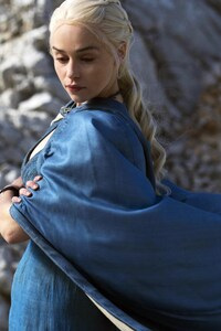2160x3840 Daenerys Targaryen In Game Of Thrones