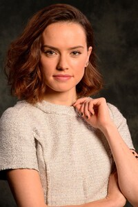 Daisy Ridley Celebrity