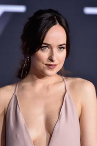 Dakota Johnson HD 2017