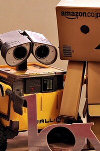 320x568 Danbo And WallE