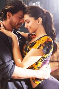 640x960 Deepika Shah Rukh Khan In Happy New Year Movie