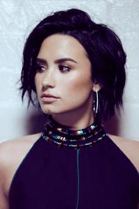 640x1136 Demi Lovato 2017 HD