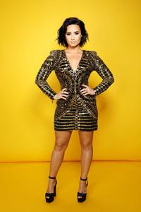 Demi Lovato Echame La Culpa Photoshoot