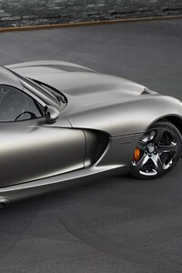 640x960 Dodge Viper