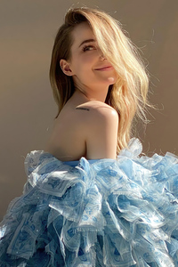Dove Cameron Photoshoot By TheFastE