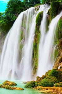 240x320 Dream Through Waterfall